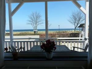 Das Meer nur wenige Schritte von Ihrem Balkon entfernt